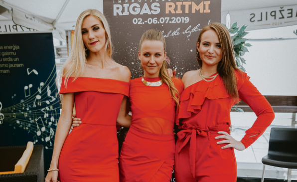 "Trīs no radio ""Radio trio"""